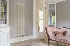 Bisque Finn Radiator shown in White RAL 9010, we stock the Finn in White and Aluminium finish, as these colours complement popular neutrals palettes. https://www.bisque.co.uk/products/general-radiators/finn