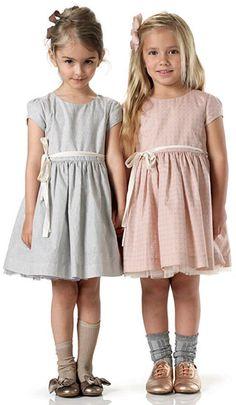 #Marie-Chantal #vestido #niña #estilo #elegante #dress #girl #style #elegant #robe #fille #élégant #mode #fashion #Little #fashionista #kids #Street #style #cool #look #formal #wear