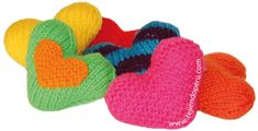 valentine hearts or stick needles in two - knitted Valentine's hearts Knitted Heart, Eat Your Heart Out, Fiber Art, Knit Crochet, Baby Shoes, Valentines, Valentine Hearts, Crochet Patterns, Diy Projects