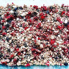 What's on my mind is this amazing berry crumble pie the easiest dessert to make this #memorialdayweekend #raspberry #blueberry #blackberry #high #fiber #lowcarb #coconutflour #coconutsugar #coconutoil #cinnamon #cardamom #nutmeg #serve with #cashewtopia #icecream #vegan #vanillabean #warm #crumble #cool #down #perfect #dessert #nomnom #veganlove #veganism #fitfood #keto #paleo by myvegancrave