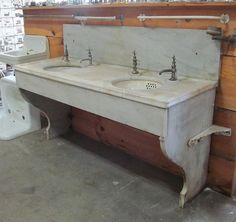 architectural salvage - vintage double marble sink with legs and backsplash - nor'east architectural antiques via atticmag Vintage Bathroom Sinks, Vintage Sink, Victorian Bathroom, Bathroom Sink Vanity, Primitive Bathrooms, Country Bathrooms, Modern Shower, Best Bath, Architectural Salvage