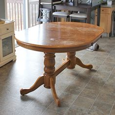 DIY: Refinish an Old Oak Table (Before