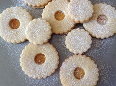 Christmas Sweets, Christmas Cookies, Cheesecake, Deserts, Food And Drink, Baking, Cupcakes, Eat, Pizza