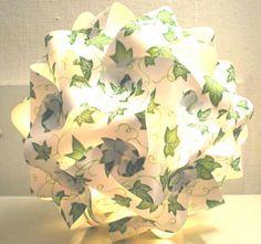 Kugellampe mit Efeu-Vlies made by Bastelversand