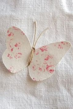 Sweet Little Floral Fabric Butterfly Simple Butterfly, Butterfly Crafts, Fabric Butterfly, Floral Fabric, Paper Art, Paper Crafts, Diy Crafts, Paper Butterflies, Candy Cards