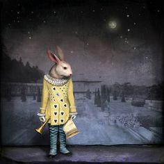Gallery: Maggie Taylor's Surreal Illustrations of Wonderland