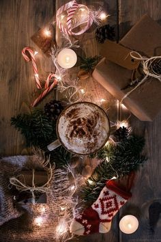 There's still 3 more weeks till the Christmas tree goes up, the fairy lights switch on and the Christmas songs are put on a constant loop. But for now, we'll stick to a hot chocolate topped with cream and blanket by the fireplace. Talk about the best, relaxing Saturday evening ever!
