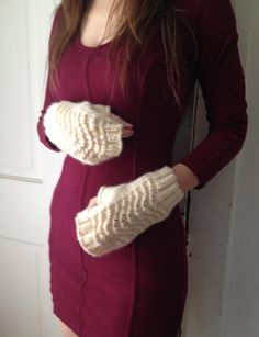 White Lace Wool Gloves