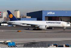 Foto Lufthansa Cargo Boeing 777-FBT D-ALFB
