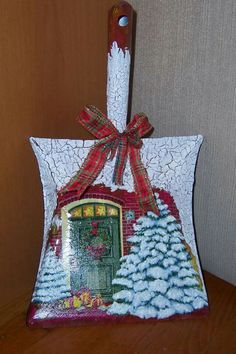 ... crackelle painting for christmas deco...