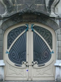Roubaix (59), 16 Boulevard du Général Leclerc – Architecte Emile Dervaux, 1904, via Flickr.