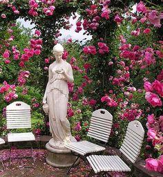 Rose Society Garden (Rosenneuheitengarten) in Baden-Baden, Germany