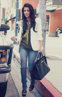 LOVE Kim Kardashian's hair on this picture!