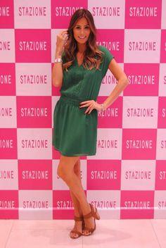 Stazione Coleção Verão 2014/2015 com Mari Coelho Bom Retiro Atacado Moda Feminina vestido liso verde