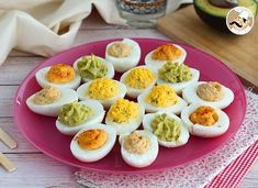 Mimosa eggs, available in 4 versions, Ptitchef recipe - - Easter Deviled Eggs, Bacon Deviled Eggs, Deviled Eggs Recipe, Chicken Snacks, Chicken Salad Recipes, Devilled Eggs Recipe Best, Making Hard Boiled Eggs, Best Bacon, Ceviche