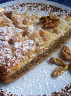 Koláč s ořechovou náplní Czech Recipes, Banana Bread, French Toast, Deserts, Pie, Breakfast, Sweet, Food, Food Porn