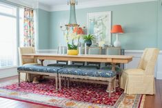 Traditional Dining Room with a Twist Amanda Louise Interiors room ideas diy room ideas transitional room ideas mid century dining rooms room ideas on a budget room ideas modern Room Wall Colors, Dining Room Colors, Dining Room Walls, Dining Room Design, Living Room Modern, Living Room Decor, Living Rooms, Bright Dining Rooms, Interior Exterior
