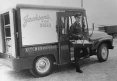 Hamilton Ontario Jackson's Bakery Old Pictures, Old Photos, Vintage Photos, Hamilton Ontario Canada, Dundas Ontario, Site History, I Am Canadian, The Old Days, Ottawa