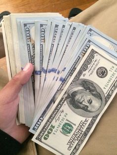 I am a money magnet Make Money Online, How To Make Money, Mo Money, Cash Money, Money Bags, Cash Cash, Money Girl, Money On My Mind, Money Pictures