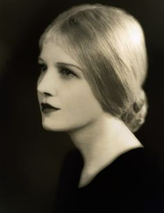 A Study in Contrasts: Photo Golden Age Of Hollywood, Vintage Hollywood, Classic Hollywood, Ann Harding, Leo Women, Silent Film Stars, Classic Movie Stars, Best Actress, Girls Night Out