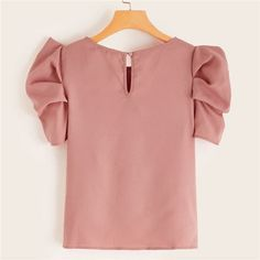 Button Keyhole Back Puff Sleeve Top New Outfits, Casual Outfits, Fashion Outfits, Kids Frocks Design, Modelos Plus Size, Stylish Tops, Beautiful Blouses, Blouse Designs, Blouses For Women