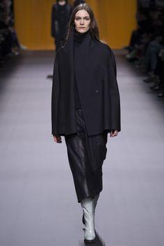 Hermès Fall 2016 Ready-to-Wear Fashion Show