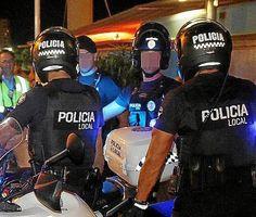 La Mafia  e`anche in tua citta       *       Die Mafia ist auch in deiner Stadt  : Palmas Polizei-Mafia wird das Handwerk gelegt