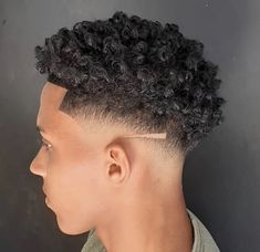 Taper Fade Curly Hair, Curly Hair Cuts, Curly Hair Styles, Natural Hair Styles, Drop Fade Haircut, Fade Haircut Styles, Hair And Beard Styles, Mens Braids Hairstyles, Natural Afro Hairstyles
