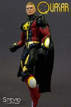 Quasar custom action figure from the Marvel Legends series using Cyclops as the base, created by Stevid. Captain Marvel, Marvel Avengers, Quasar Marvel, Dragon Ball Z, Drax The Destroyer, Marvel Comics Art, Custom Action Figures, Disney Marvel, Figure Model