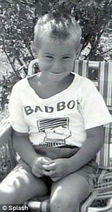 [BORN] Jim Carrey / Born: James Eugene Carrey, January 17, 1962 in Newmarket, Ontario, Canada #actor