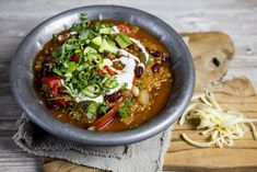 Chili con quinoa Quinoa Chili, Vegetarian Dinners, Tex Mex, Food Inspiration, Thai Red Curry, Tapas, Food To Make, Food And Drink, Soup