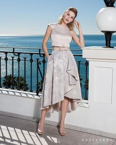 Party dress, Cocktail Dresses, Mother of the bride dresses. Complete Spring-Summer Balcón del Mar Collection Sonia Peña - Ref. Two Piece Dress, The Dress, Gatsby Outfit, Skirt Outfits Modest, Parisian Chic Style, Dinner Wear, Online Dress Shopping, Lovely Dresses, Dresses Online