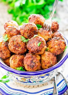 Romanian Meatballs, known as Chiftele are one of the most popular Romanian dishes. Learn to make the mother of all meatballs, nothing beats these meatballs. Meatball Recipes, Pork Recipes, Cooking Recipes, Healthy Recipes, Healthy Foods, Recipies, Scottish Recipes, Turkish Recipes, Ethnic Recipes