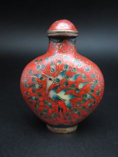 Chinese Cloisonne Snuff Bottle http://www.liveauctioneers.com/item/15552586_chinese-cloisonne-snuff-bottle