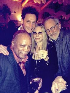 Barbra Streisand had an Israeli magician for her birthday party - Jewish Telegraphic Agency Quincy Jones, 70th Birthday Parties, Barbra Streisand, Steven Spielberg, Hello Gorgeous, Beautiful, Celebs, Celebrities, The Magicians