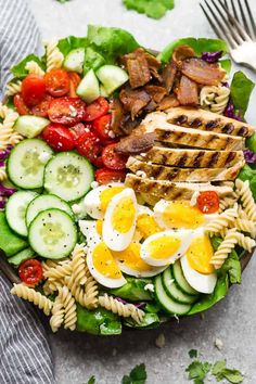 Cobb Pasta Salad an easy side dish perfect for summer parties picnics potlucks and BBQs. Made with bacon cucumbers & grilled chicken. Easy Summer Salads, Healthy Summer Recipes, Summer Salad Recipes, Easy Salad Recipes, Healthy Snacks, Dinner Recipes, Healthy Eating, Summer Snacks, Summer Bbq