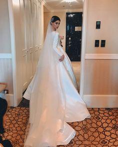 Elegant A-line Long Sleeve Simple Satin Wedding Dresses With Sleeve Western Wedding Dresses, Elegant Wedding Gowns, Long Wedding Dresses, Perfect Wedding Dress, Bridal Dresses, Elegant Gown, Elegant Dresses, Bridesmaid Dresses, Wedding Veils