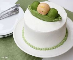 Baby shower cake. Peas in a Pod! So simple