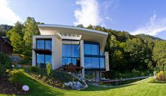 Wohnhaus mit Seeblick | Trecolore :: Architects of integrated solutions