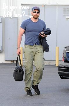 """Bradley Cooper Looks Unrecognizable For New Role as Chris Kyle In American Sniper Movie...... Bradley Cooper has seriously buffed up for his new role in """"American Sniper."""" He reportedly gained 40 pounds and grew a beard to star as Navy SEAL Chris Kyle in Clint Eastwood's new movie, based on a true story.....  http://www.huffingtonpost.com/2014/05/03/bradley-cooper-american-sniper_n_5259134.html"""