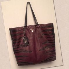 2506c2d17e9 Spotted while shopping on Poshmark  AUTHENTIC PRADA GLACÉ CALF  BORDEAUX NERO TOTE BAG!
