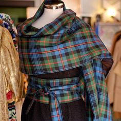 Tartan is beautiful and this is an outfit I made out of some  #tartan #Scotland #thisisedinburgh #missbizio #missbiziocouture #aboutalook #ootd #sootd #advancedstyle #vintage_daily #edinburghstyle #edinburghvintage #scotstreetstyle #edfashion #stockbridgeedinburgh #pursuepretty #explorethecreative #nyc #locationscotland #creativescotland #welcometomywardrobe #whattowear #vogue #thegentlewoman www.missbizio.com