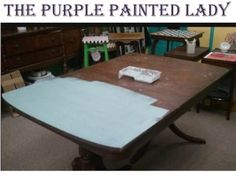 Painting an old table using chalk paint