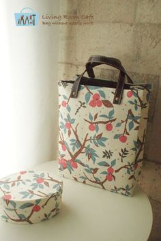 Tote bag:Living room cafe diary - cartonage