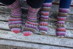 Spiral socks Mama and me no heels socks  knitted di TheOwlmadeit