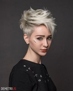 The short pixie haircut is as yet hot and getting one is the ideal method to emerge from the group. Here are 26 pixie haircuts you should see are going to be a year to take and bring a bang to hairstyles that are stylish and appealing. Short Pixie Haircuts, Pixie Hairstyles, Cool Hairstyles, Undercut Pixie Haircut, Short Grey Hair, Short Hair Cuts, Blonde Pixie Cuts, Stylish Haircuts, Corte Y Color