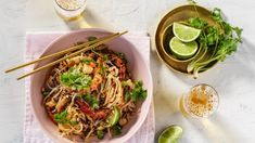 Masterclass: the ultimate pad Thai Recipe Vegan Pad Thai, Just Cooking, Asian Cooking, Thai Cooking, Spicy Soup, Thai Dishes, Pasta Dishes, Asian Recipes, Ethnic Recipes
