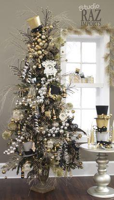 2012 Christmas Tree                                                                                                                                                                                 More