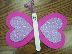 Hadn't noticed a butterfly made with hearts. Easy for preschoolers.
