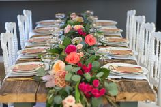 To celebrate a very awesome 70thbirthday, theladies of Little Miss Partyhosted a surprise garden brunch for their gorgeous mom. And from first glance at the botanical invite to a table decked out in garden roses by Blush And Bloom, this celebration has pretty floral details at every turn. Even the cupcakes are in on the […]
